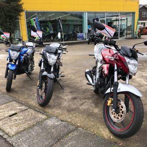 ★スズキのバイク、ジクサー★